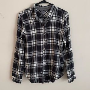 Black and white Aerie flannel
